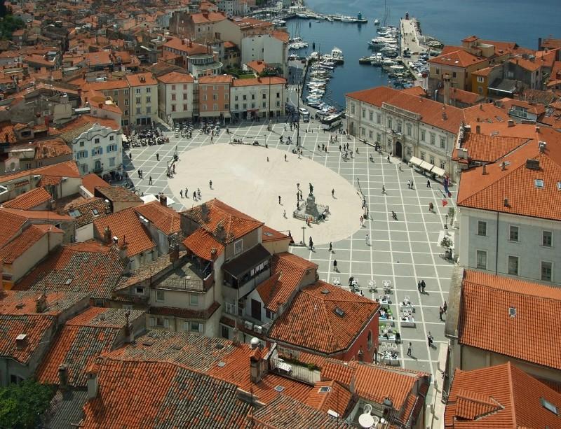 Piran - Tartinijev trg