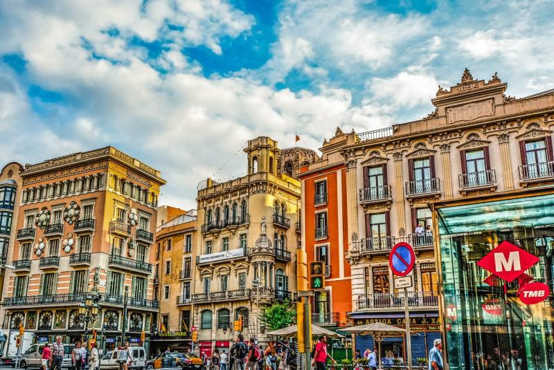 Barcelona - ulica barv
