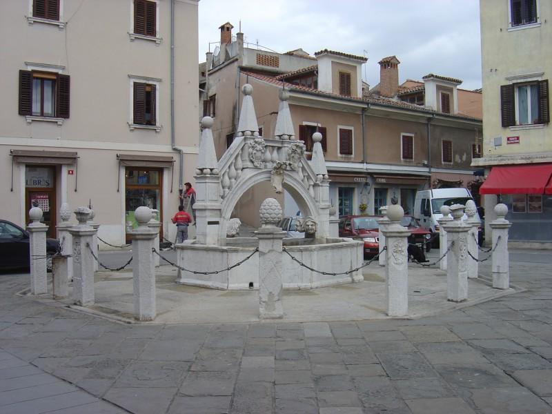 Koper - fontana